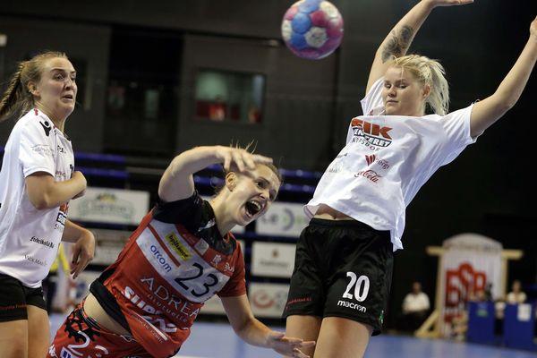 Coupe d'Europe ESBF reçoit FREDRIKSTAD en rouge, la bisontine Pauline ROBERT