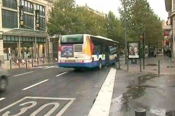 A Perpignan les bus de la CTPM ont suspendu les dessertes vers le quartier du Bas Vernet.
