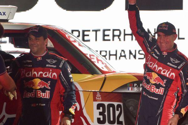 Stephane Peterhansel et son coéquipier Paulo Fiusa à Jeddah le 4 janvier, en deuxième position du rallye Dakar