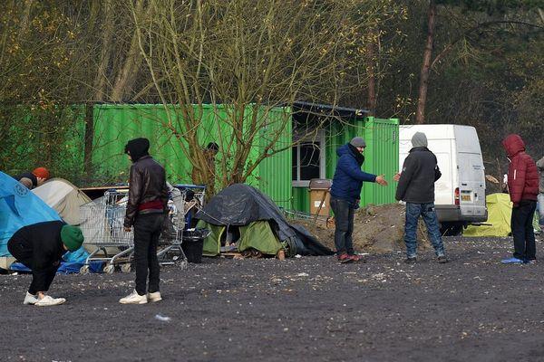 Le camps de migrants à Téteghem