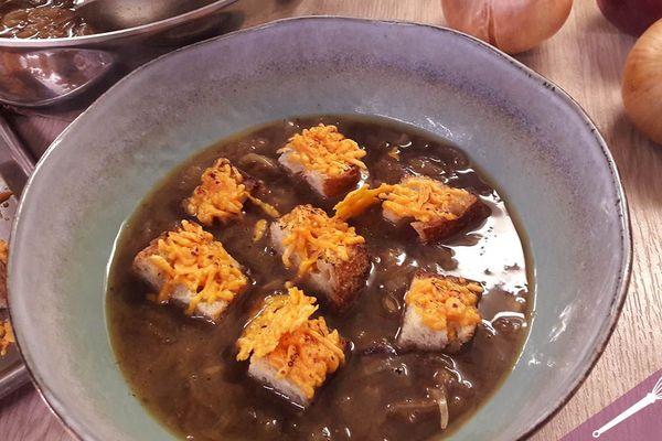 La recette de la soupe à l'oignon par Benjamin Bajeux