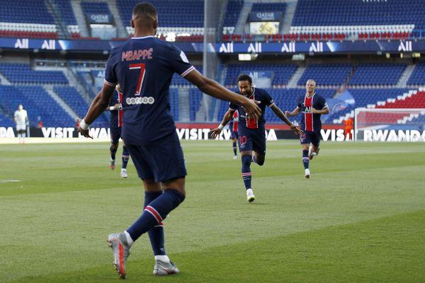 Le PSG a l'occasion de remporter ce soir sa 13ème Coupe de France. Coup d'envoi à 21h10.