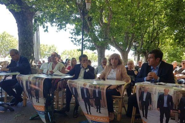 """La liste """"Unione per Bastia"""" présentait aujourd'hui son programme pour le second tour des élections municipales, place Saint-Nicolas à Bastia."""
