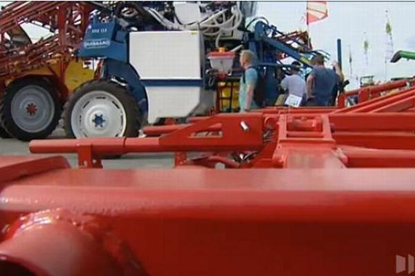 Les machines agricoles ont pignon sur rue au Sommet de l'élevage