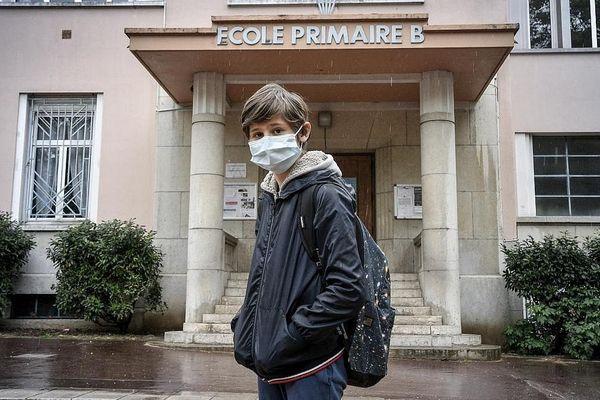 Dans l'Hérault comme sur l'ensemble du territoire français, le déconfinement évoqué pour les écoles dès le 11 mai fait polémique.