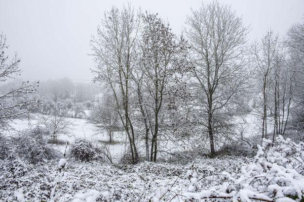 La neige a fait son apparition mardi 6 avril 2021 sur l'Alsace.