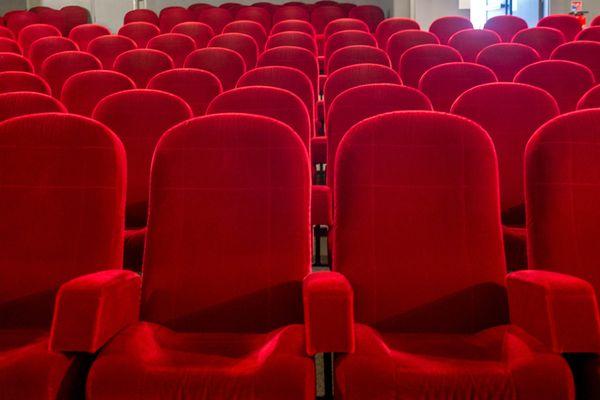 Les salles de cinéma devraient revoir leurs premiers spectateurs le 19 mai.