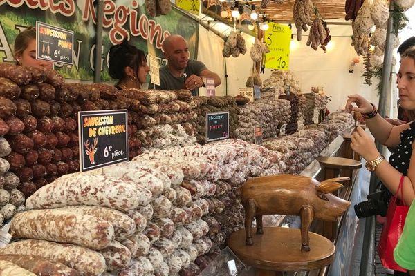 Un stand lors de la Fête des vendanges de Montmartre.