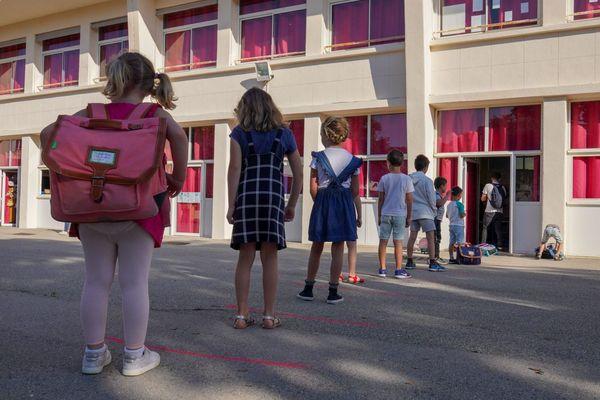 Illustration. Jeudi 28 mai, rentrée à l'école primaire de la pointe rouge à Marseille.