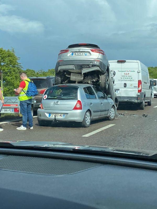 L'accident spectaculaire sur la N 157 entre Rennes et Noyal sur Vilaine