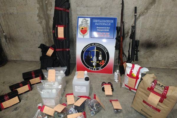 Des fusils et plus de 2000 munitions ont été saisis par les gendarmes du Gard chez un adepte du survivalisme