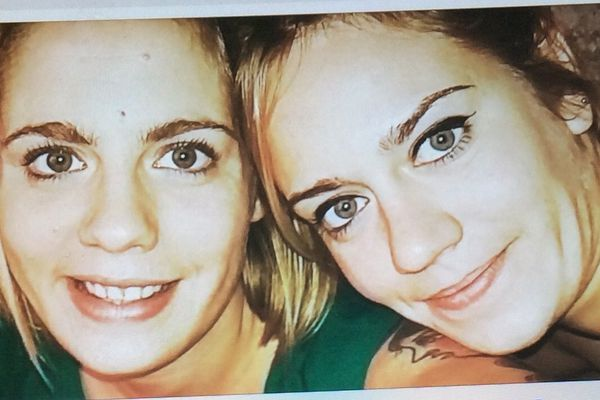 Marion et Anna, originaires de Monthon-sur-Bièvre (Loire-et-Cher) victimes des attentats de Paris