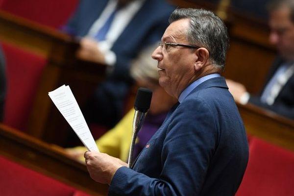 """Le député MoDem du Puy-de-Dôme Michel Fanget (ici le 2 octobre) requiert """"une réflexion"""" autour de la pratique du rugby en France afin d'éviter des drames sur les terrains et la réputation violente que traîne cette discipline."""