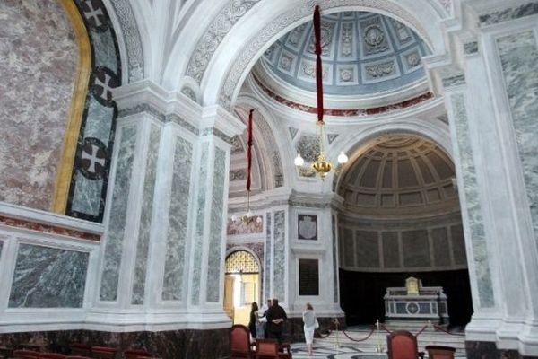 20/06/14 - La Chapelle impériale, l'un des joyaux de l'architecture d'Ajaccio a rouvert ses portes au public après six ans de travaux de restauration.