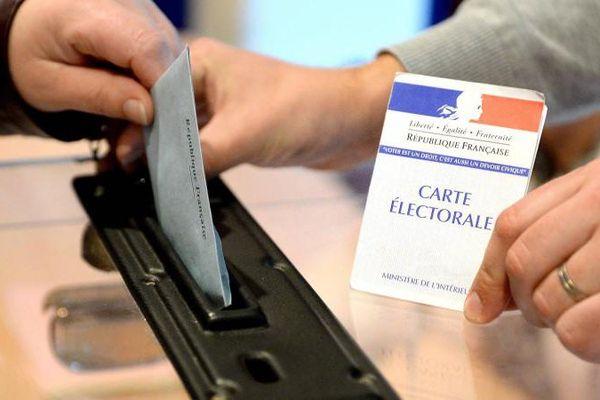 Les électeurs sont appelés aux urnes pour choisir un nouveau président de la République, les 23 avril et 7 mai 2017.