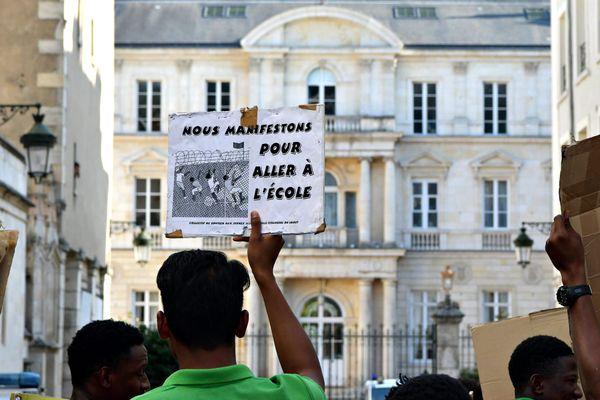 Une manifestation pour les droits des mineurs isolés à Orléans, en août 2019. Photo d'illustration