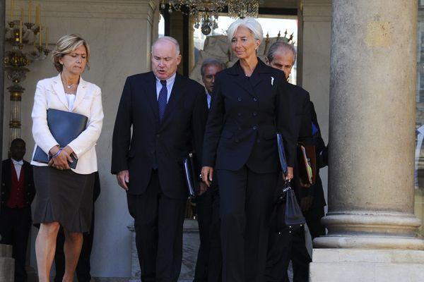Paris le 01 septembre 2010. Sortie du conseil des ministres. De g. à d. : Valerie Pecresse, Dominique Bussereau et Christine Lagarde.