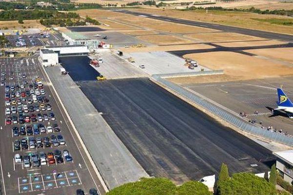 Aéroport de Carcassonne-Salvaza - archives