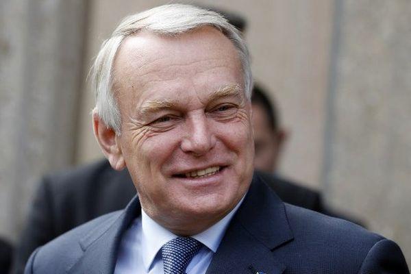 Le premier Ministre Jean-Marc Ayrault le 20 septembre 2013 à son arrivée au Conseil économique social et environnemental à Paris