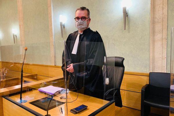 Devant la cour d'assises de l'Aveyron, l'avocat général a demandé une peine de 30 ans de prison contre Alexandre Dainotti accusé du meurtre avec préméditation de Pascal Filoé en septembre 2018.