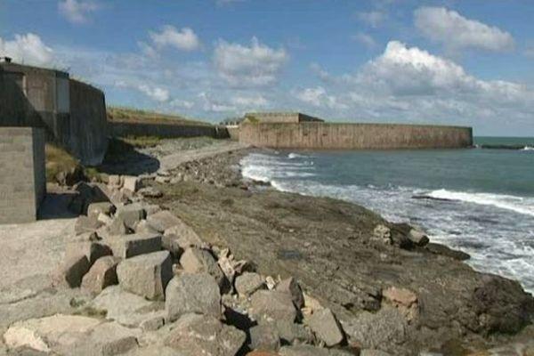 D'importants investissements, entre 15 et 20 millions d'euros sont prévus pour réhabiliter le Fort de Querqueville