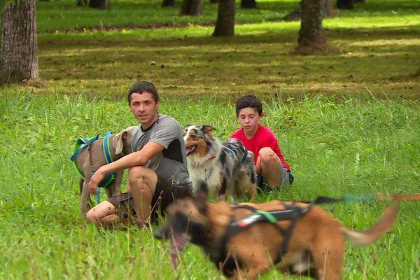Une bonne forme physique et un chien adapté sont les prérequis pour se lancer dans la pratique