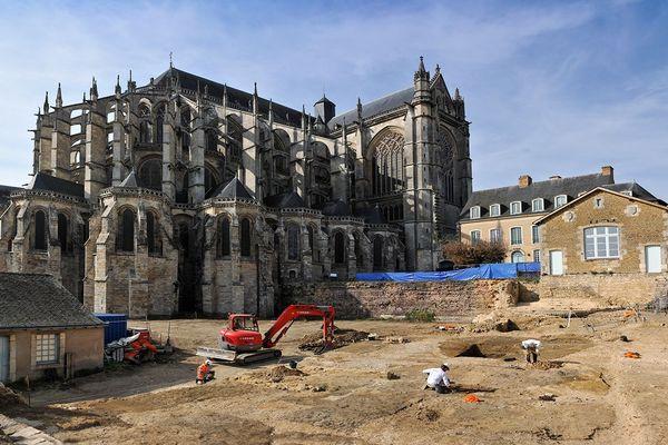 Fouilles archéologiques au Mans