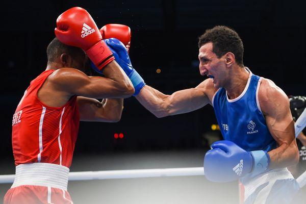 Le toulousain Sofiane Oumiha en finale des moins de 63 kg aux championnats du monde en 2017 à Hambourg