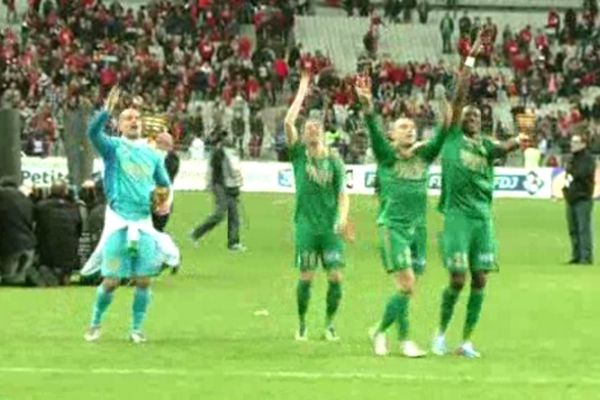 Les Verts ont pu soulever la coupe.
