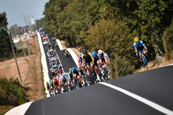 Le peloton lors de la 12ème étape du Tour de France 2020, le 10 septembre 2020.