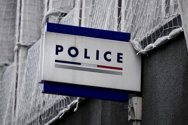 Photo d'illustration. le conducteur qui a percuté deux pieéons dimanche 4 mars a été interpellé. Une des deux victimes est décédée.