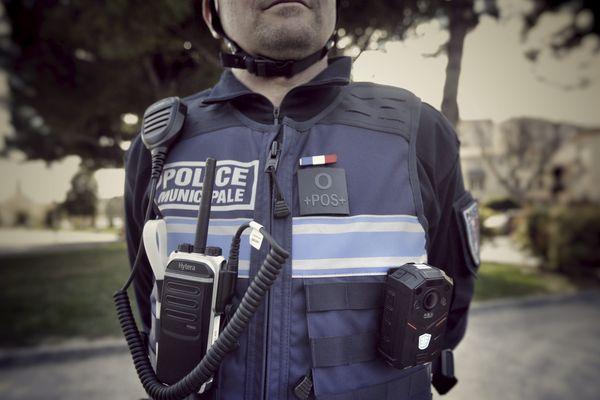La majorité municipale, de gauche, s'est longtemps montré hostile à la mise en place d'une police municipale