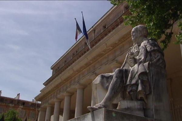 Aix-en-Provence : fusillade de l'opéra, six personnes jugées devant la cour d'appel ce lundi