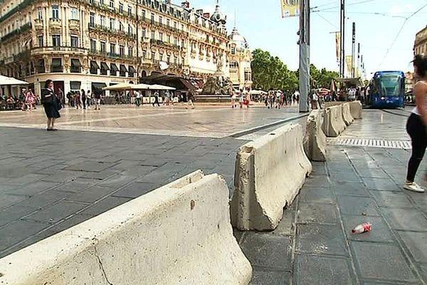 Montpellier - la place de la Comédie sécurisée - juin 2017.