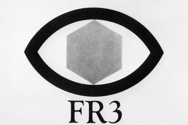 Le logo de France 3, alors FR3, en 1974.