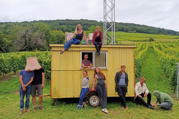 Un festival de théâtre dans les vignes : ça se passe à Reichsfeld avec la compagnie des Insupportés