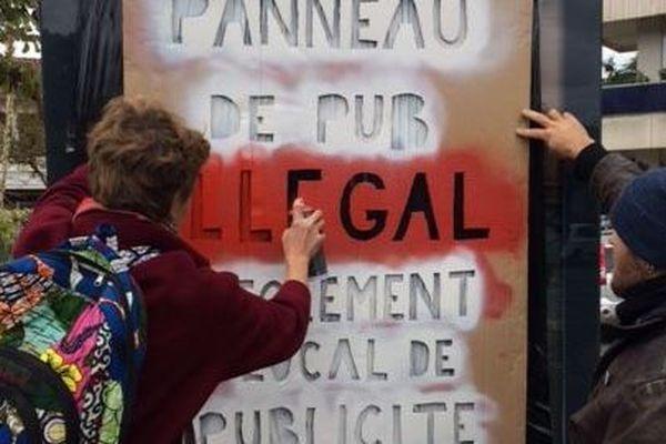 Les militants du RAP à l'action samedi à Toulouse