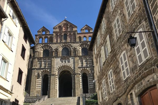 Le diocèse de Haute-Loire a lancé une grande campagne d'appel aux dons.