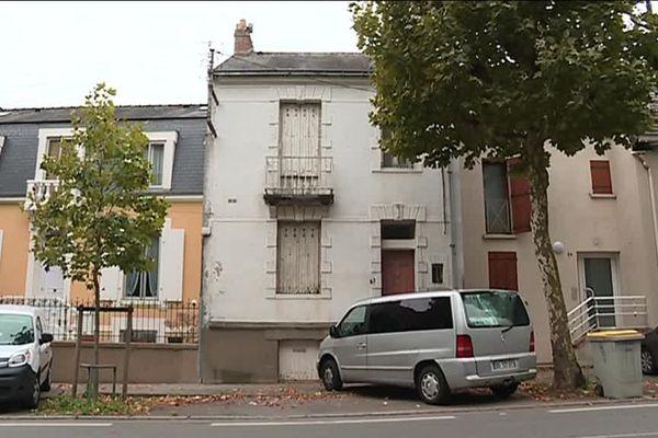 La maison était occupée depuis le début du mois d'août par 13 individus.