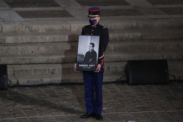 Paris, université de la Sorbonne, lors de l'hommage national à Samuel Paty le 21 octobre 2020