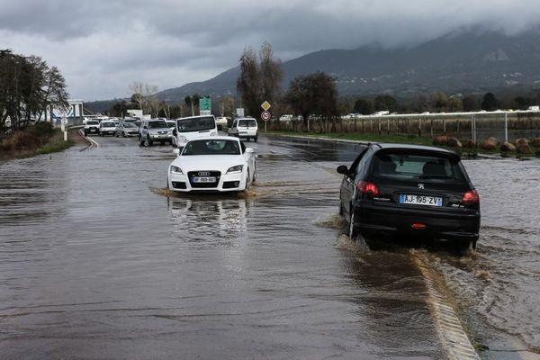 La tempête Fabien a frappé la Corse il y a 15 jours.