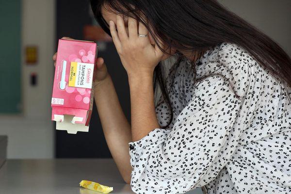 La précarité menstruelle touche 1,7 millions de femmes en France.