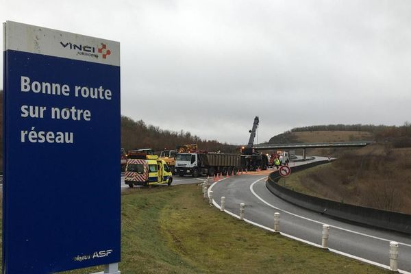 L'accident s'est produit ce mercredi matin entre les échangeurs Cahors Nord et Cahors Sud