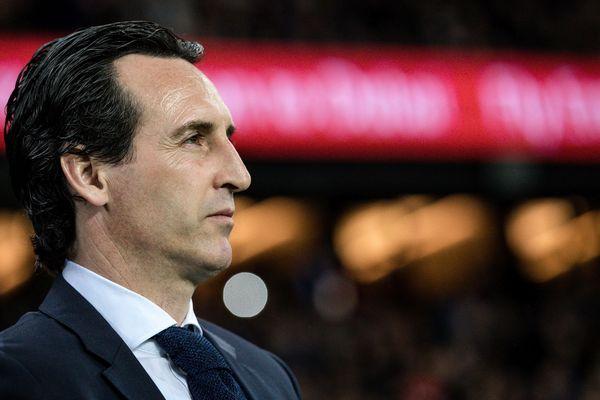 Unai Emery assiste au sacre le son équipe le dimanche 15 avril face à Monaco (7-1). L'entraîneur parisien aimerait maintenant remporter la coupe de France.