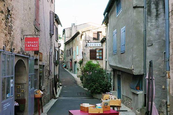 Les ruelles de Montolieu comptent 15 librairies