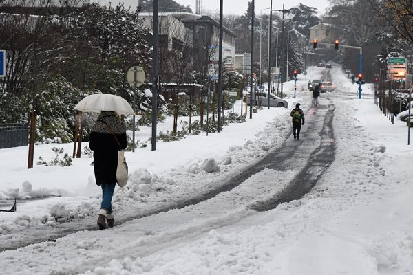 Le 1er mars 2018, les employés du quartier du Millenaire à Montpellier se rendent à pied sur leur lieu de travail.