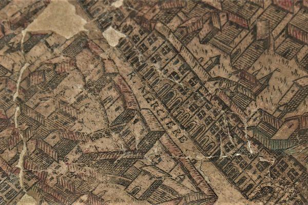 Parmi les trésors des archives de Lyon, un plan de la ville datant du 16e siècle.