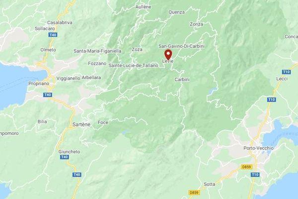 Vendredi 16 octobre, à Levie, une voiture a fait une chute de plus de 20 mètres après une sortie de route.