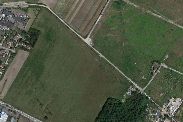 Ce sont notamment sur ces terres de Pierrelaye (Val-d'Oise) que les eaux usées de Paris ont été déversées pendant un siècle.
