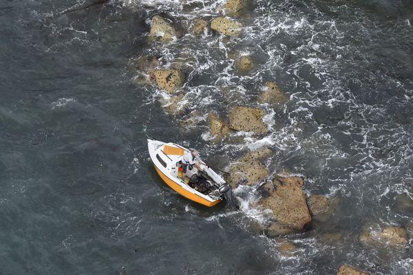 Le plaisancier victime d'une panne de moteur a fini sur les cailloux de l'île Pelée